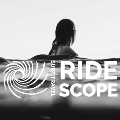 Surfeur à l'eau plateforme surf travel ridescope